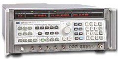 Keysight / Agilent 8340A Synthesized Sweeper, 10 MHz -26.5 GHz